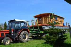 Unser neues Hausboot das Driftholt II kann nun in den Amazonas des Nordens gelassen werden!