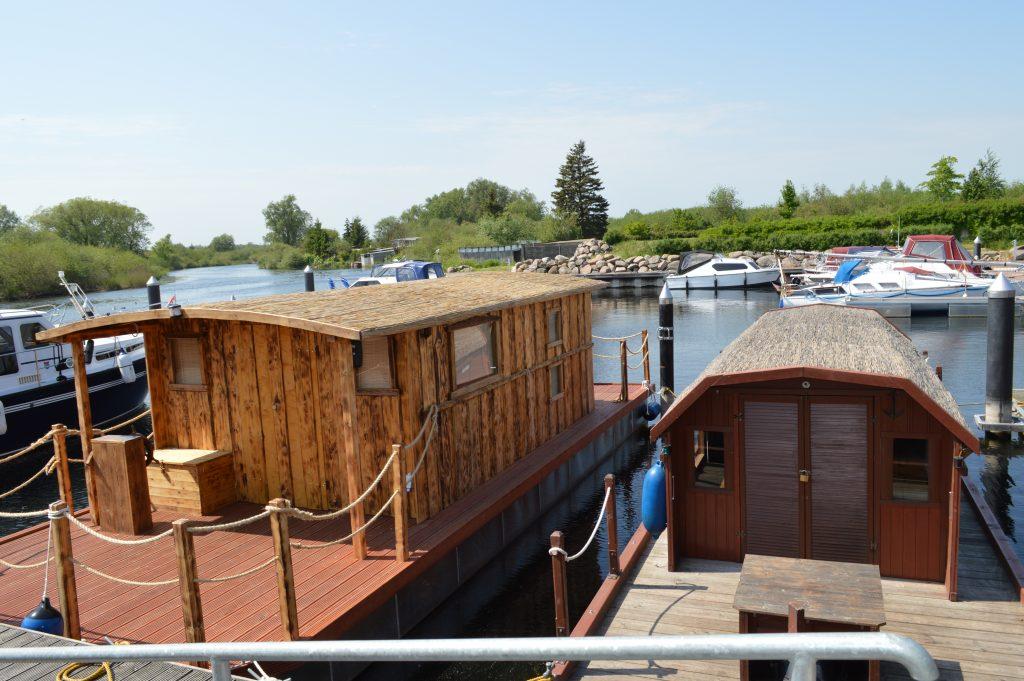 Unsere beiden Hausboote sind bereit den Amazonas des Nordens zu erobern!