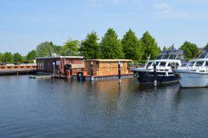 Unsere beiden Hausboote im Heimathafen in Demmin. (Driftholt 1 und Driftholt 2)