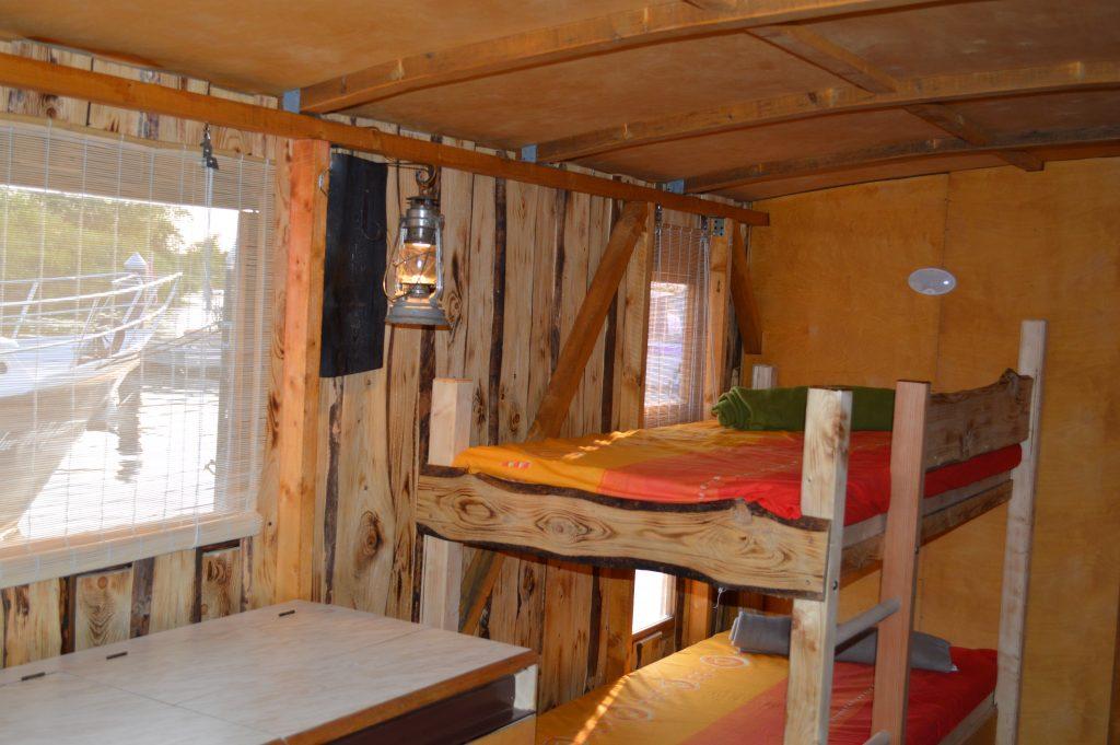 Innenraum des Hausboots - Driftholt II - Doppelstockbetten