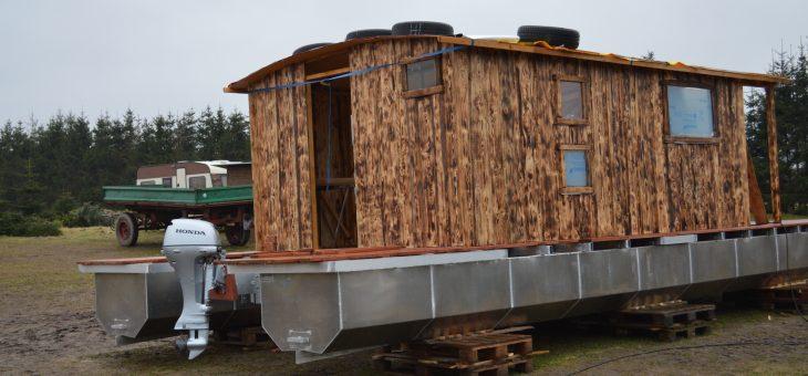Baufortschritt Driftholt II – Der Fußboden, das Dach und die Wände