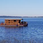 Nun ist auch endlich der Kummerower See mit unserem neuen Hausboot, dem Driftholt II, befahrbar.