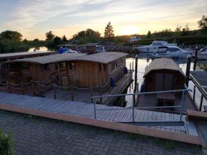 Unsere kleine Flotte - Alle 3 Hausboote in der Peene Marina Demmin
