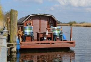 Das Hausboot am Loitzer Hafen